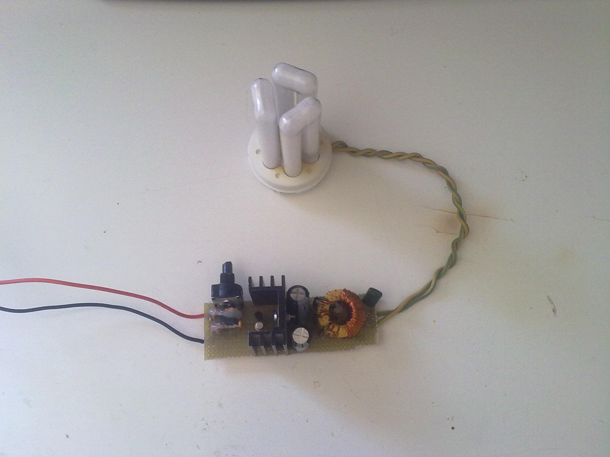 Schema Collegamento Neon In Serie : Un inverter per lampada fluorescente da w davide bucci