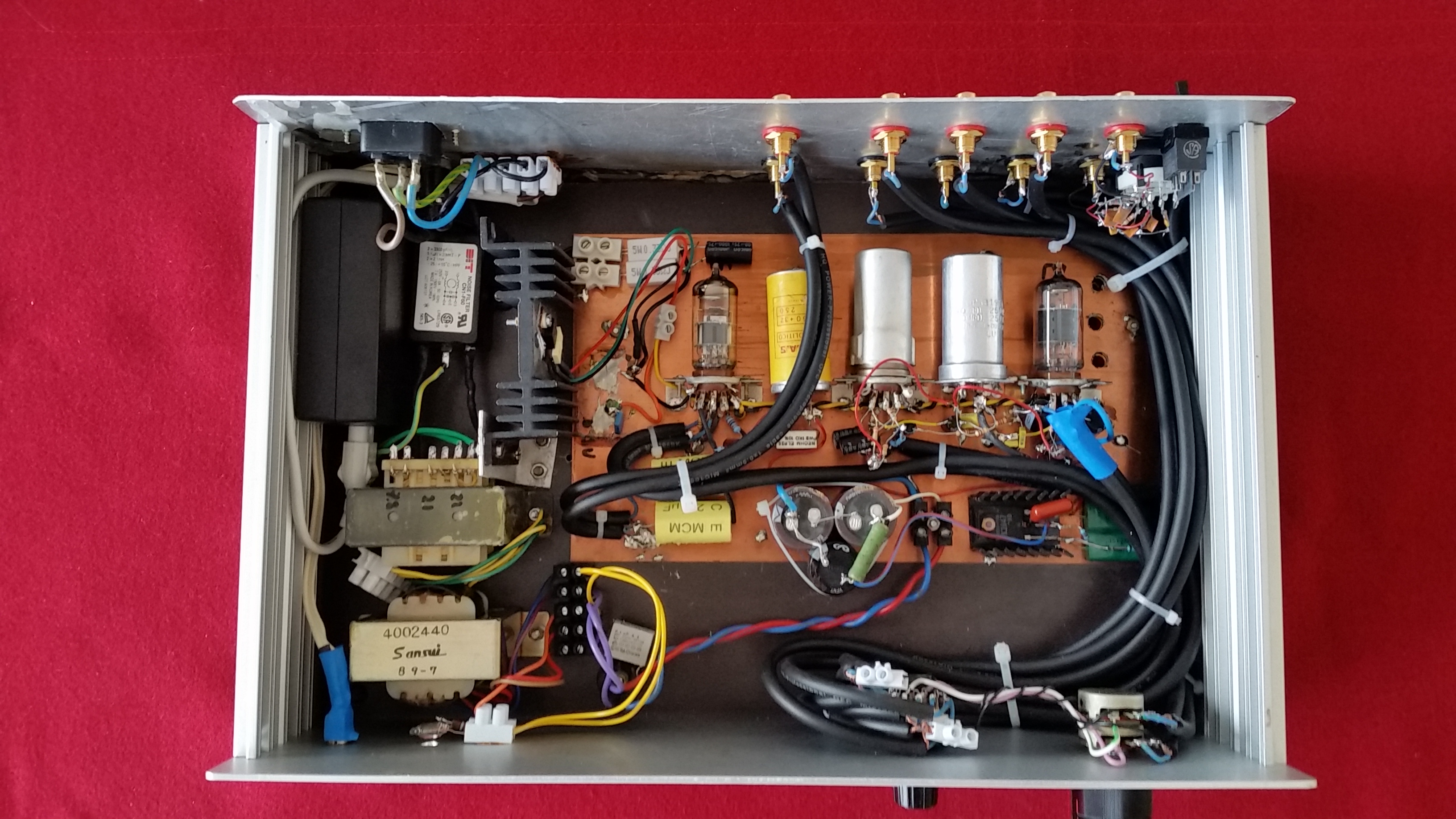 A MM PHONO vacuum tube preamplifier DIY - Davide Bucci